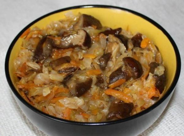 Рецепт солянки капустной с грибами